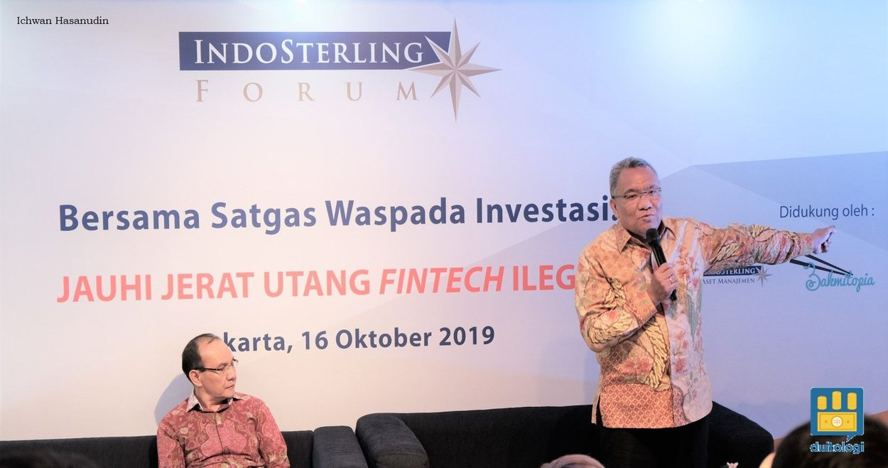 David M. L Tobing (kanan) dalam acara IndoSterling Forum (ISF).